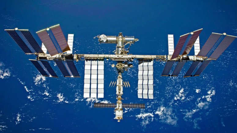 International_Space_Station_pillars